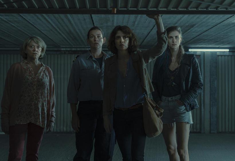 De ex en vier dochters van Maurice Teirlinck in 'Beau Séjour' (Seizoen 2)