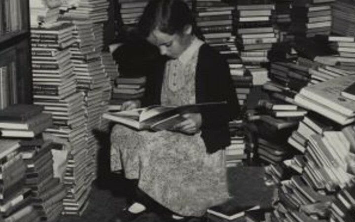 Leen Huet diept vergeten boeken op